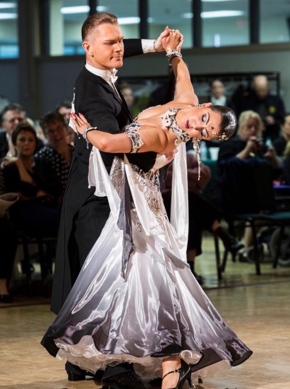 Sarah-Maude Thibaudeau et Daniel Studenny - Danse Sportive