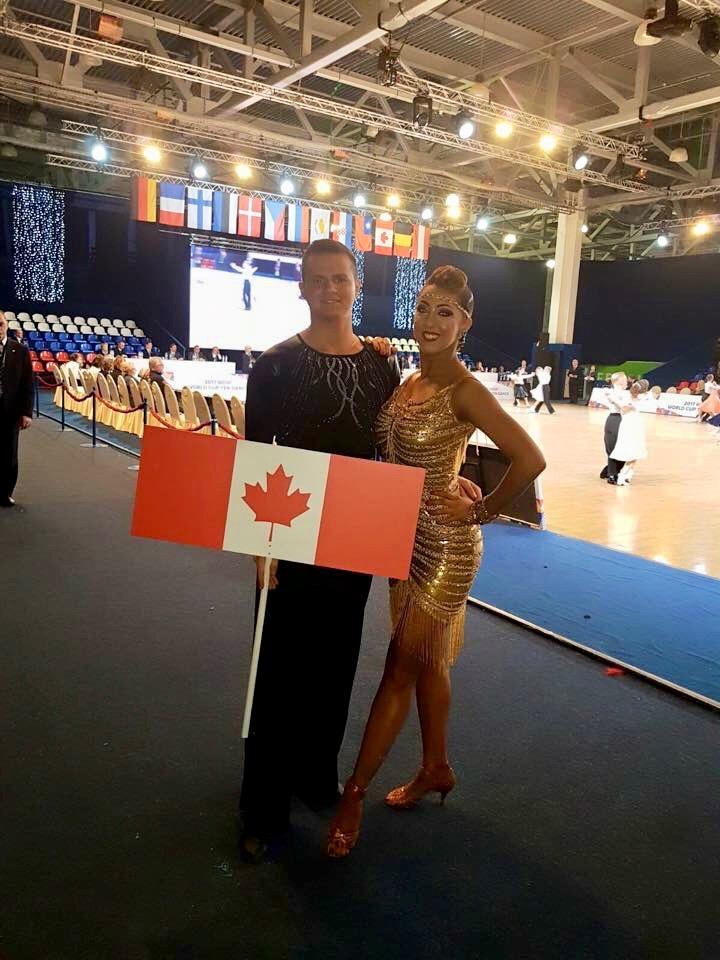 Compétition de danse sportive en russie, Sarah-Maude Thibaudeau